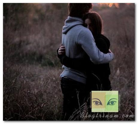 Em không phải là chị ấy, vì thế em sẽ không rời xa anh…