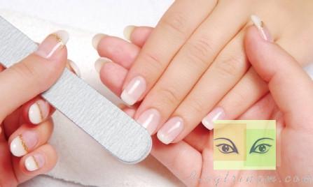 7 Bí quyết chăm sóc móng tay cực dễ