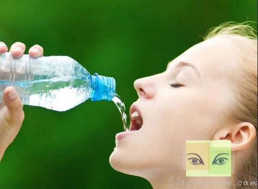 Uống nước cũng có thể gây tử vong !