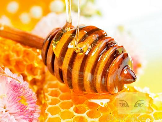 Bật mí cách trị nám bằng mật ong nhanh nhất