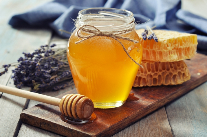 """""""Mách nhỏ"""" cách trị nám da bằng mật ong hiệu quả cho nàng"""