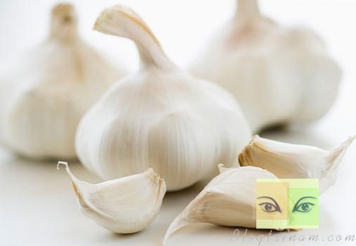 Tỏi - 9 thực phẩm quen thuộc giúp giải độc cơ thể